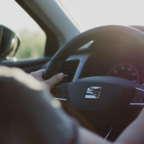 Sú potrebné školenia referentských vodičov?